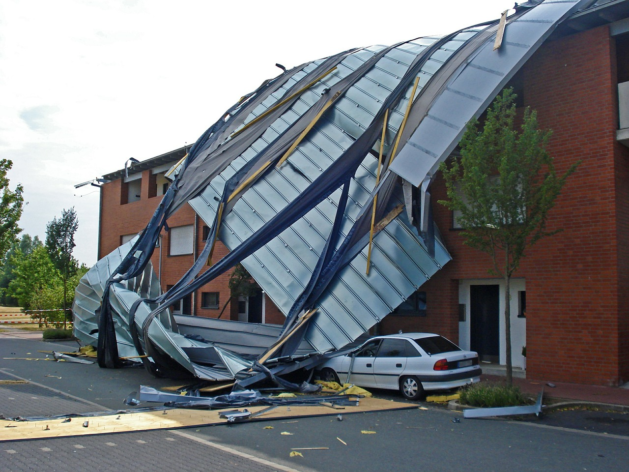 Experts warn us not to skimp on buildings insurance