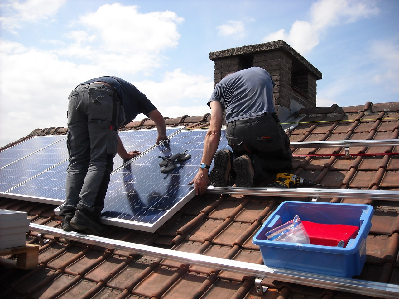 What effects will tariffs have on imported solar panels?
